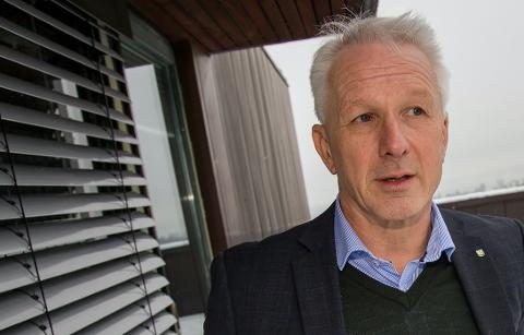 VENTER: Kommunedirektør i Asker, Lars Erik Bjerke, venter svar fra direktoratet om skoleavslutninger.