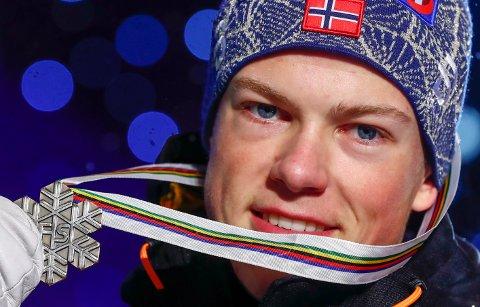 KOMMER: Vinterens store norske komet, Johannes Høstflot Klæbo er en av mange skistjerner som kommer til Kulåssprinten onsdag.