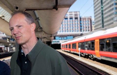 For litt over ett år siden vedtok Stortinget at det skal bygges dobbeltsporet jernbane mellom de sentrale byene på Østlandet innen 2024.