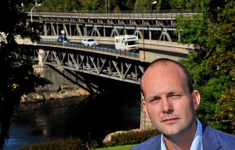 TRAFIKKSIKKER: Ordfører Sindre Martinsen-Evje (Ap) ønsker å få Sarpsborg kommune inn på lista til Trygg Trafikk over trafikksikere kommuner.