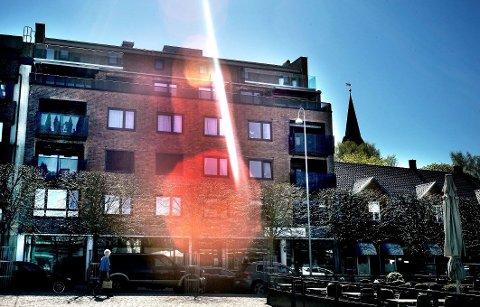 VENTER PÅ PENGER:  Bostyrer venter fortsatt på penger fra eierne av Torggården AS, som bygde om Torvet 3.  Kun deler av beløpet som er forpliktet  gjennom et rettsforlik er innbetalt.