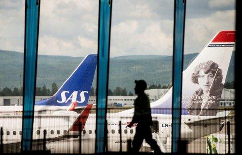 Flyselskapene driver utstrakt bruk av mersalg. Det kan koste flypassasjerene dyrt.