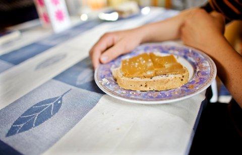 MYTER: Legger man på seg av å spise karbohydrater til kveldsmat? Burde man heller spist glutenfritt brød? Er det for sent å spise to timer etter trening? Vi avdekker vanlige mat- og treningsmyter.