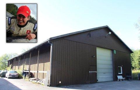 På industrifeltet: Lagerbygningen ble kjøpt til prisantydning av Gunnar Fadum. (Innfelt foto: Stian Ormestad)