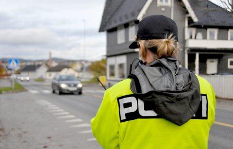 FARTSMÅLING: Den 20 år gamle mannen fra Vest-Telemark kjørte langt over fartsgrensa da han ble stanset av politiet.