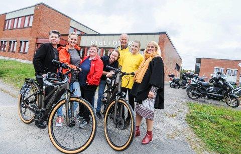 POPULÆRT: Å låne el-sykkel på biblioteket er blitt populært. Nå kommer det flere, og dermed er det to på Gulset, to på Klyve og seks i sentrum.