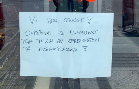 Stengt: Flere fortetninger holder stengt etter funn av en granat på Jernverkstomta.
