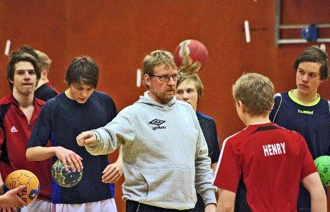 NY TRENER: Ekspertisen til Roar Aksdal tas nåi bruk for å styrke røroshåndballen. Arkivfoto: Tonje H. Løkken