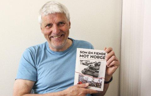 DRAMATISK: Forfatter Øyvind Stranna Larsen har skrevet bok om den russiske militæropptrapping ved grensen i Sør-Varanger for 50 år siden.