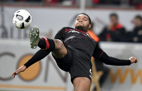 Leverkusen's Jonathan Tah challenges for the ball during the German Bundesliga soccer match between Bayer Leverkusen and FC Ingolstadt in Leverkusen, Germany, Sunday, Dec. 18, 2016. (AP Photo/Martin Meissner)