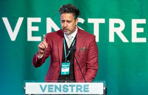 – Jeg er ingen distriktspsykopat, sa partinestleder Abid Raja under Venstres landsmøtet 2019.