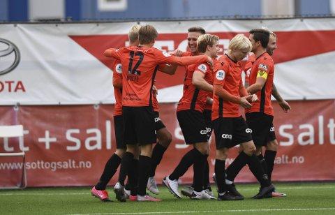 Åsane gjorde debuten vanskelig for Mons Ivar Mjelde.