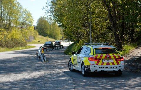 Politiet er på plass i Kobbervikdalen.