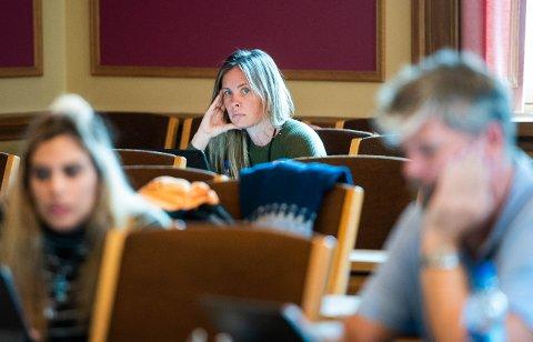 Gruppeleder Cathrin Janøy i MDG anbefalte å godta det rødgrønne budsjettet. - Vi får mer innflytelse på innsiden av samarbeidet enn om vi står alene på utsiden.