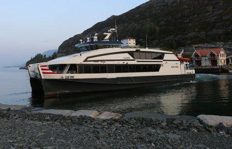 Arkivfoto av Nordfjord-ekspressen.