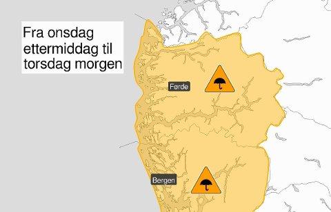 ORANSJE: Meteorologisk institutt har sendt ut oransje varsel for nedbør for Vestland fylke.
