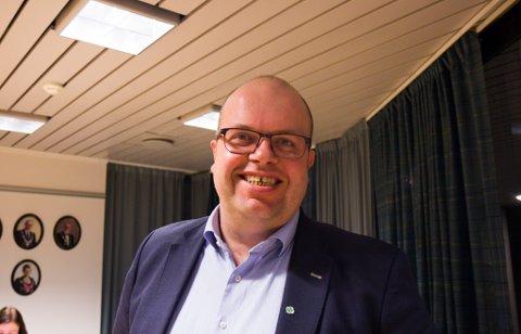 VAL2021: Sigurd Reksnes, fylkesleiar for Sogn og Fjordane Sp, kan juble for svært gode resultat i fylket. Held dette seg, er partiet svært nær å få to mandat til Stortinget. Omkamp om Vestland fylke kan bli ei av sakene på vegen dit.