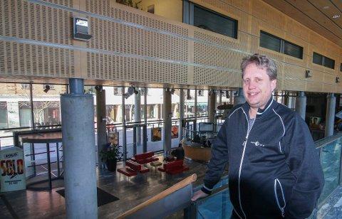 FLERE SALER: Jørgen Søderberg Jansen ønsker å se om kinoen kan få fire nye saler for å gi et enda bedre kinotilbud. Kulturutvalget ser på saken i mai-møtet.
