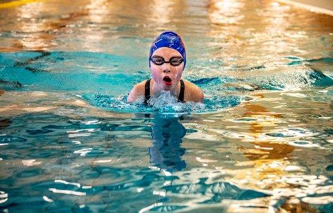 Julie-Marie Ohlgren ble Kongstsvømmernes medaljevinner under UM i Tromsø.