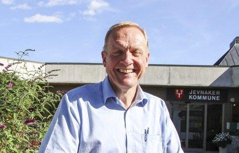 FORNØYD: Jevnakers ordfører Lars Magnussen, er glad for at det ligger 600 millioner kroner inne til ny E16 i forslaget til neste års statsbudsjett.