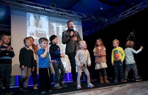 ÅPNINGSÅRET: Barnefestivalen Barnas Superhelg ble arrangert for første gang i 2015. Da hadde Jesper Edvardsen show i Festiviteten. ARKIVFOTO: ALFRED AASE