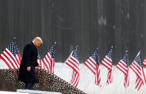 GÅR AV: Donald Trump har historisk lav støtte i befolkningen