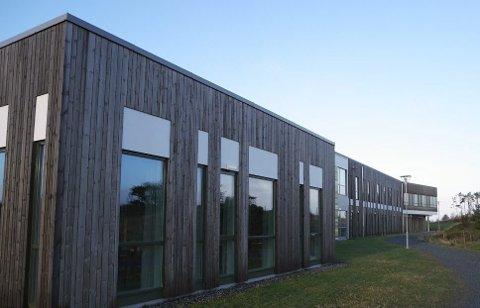 IKKE NOK LÆRERE: Torvastad skole og kultursenter er en av dem som bryter lærernormen.
