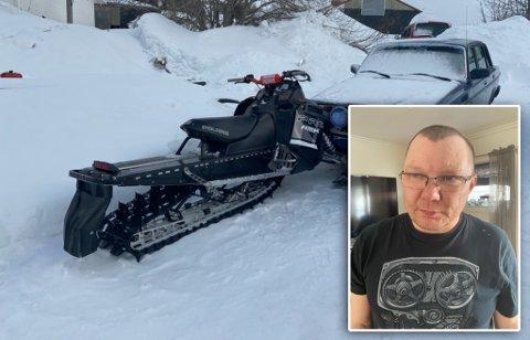 KJØRTE I BILEN: Ronny Henrik Kristiansen sier at scootertyven kjørte rett i bilen hans, før han stakk.