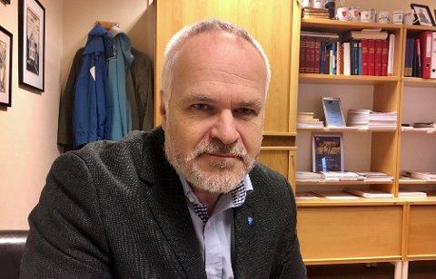 HØYT TALL: Ordfører i Ibestad kommune, Dag Sigurd Brustind, opplyser at det er 20 smittede personer knyttet til Breivoll Marine Produkter.