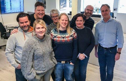 Fra venstre: Trym Helbostad, Roger Ødegård, Tine Viktoria Buberg, Anne Enger Mjåland, Anita Lien Jacobsen, Nina Fallang, Øyvind Henningsen og redaktør Arne Henrik Vestreng.