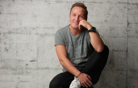 GLEDER SEG: Thomas Leikvoll gleder seg til han skal spille i Kirkenes neste fredag.