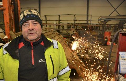 Kai Tveit fra Kroken driver Kai Tveit AS, og er blant bedriftene som trenger flere ansatte. Arkivfoto: Per Eckholdt