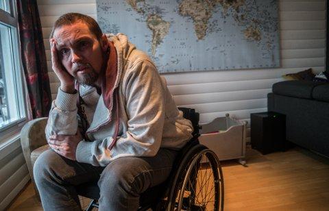 KNEKT: - Jeg føler meg fullstendig verdiløs, sier Frits Ove Solvang.
