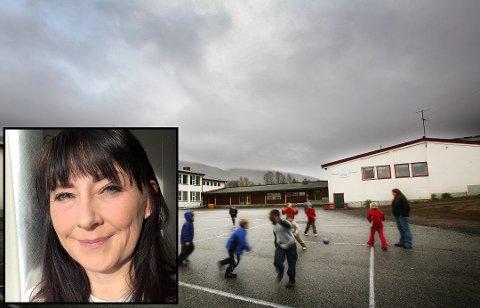 FORTVILET: Karin Torsdatter Berg skrev et sinna innlegg på Facebook etter at sønnen fikk en grov tekst som hjemmelekse.