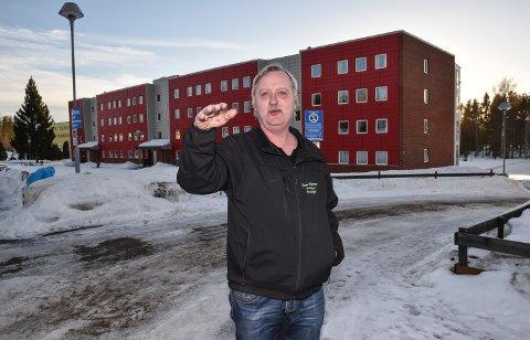TREDJE ÅR I TOPPEN: Stig W. Jørgensen og Mastmoen borettslag er igjen på eiendomsskattetoppen i Elverum.