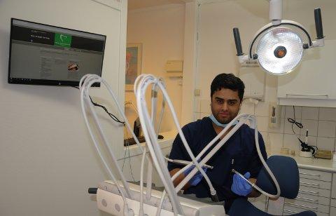 NYTT TANNLEGETILBUD: Omar Hussain er klar til å ta i mot både gamle og nye pasienter når Tynset Tanlegevakt og tannlegesenter åpner denne uka.