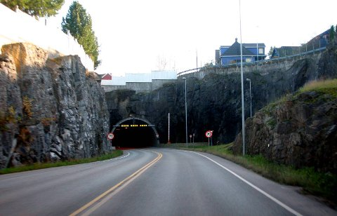 EKSOSBOMBE: Ventilasjonen i tunnelene må bli bedre.