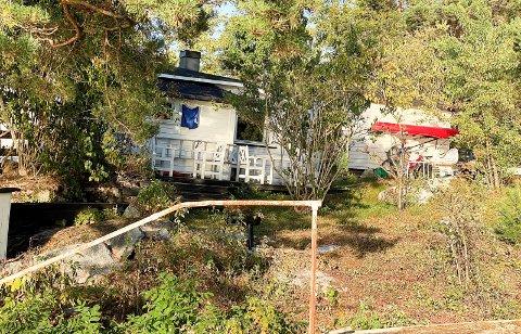 TILTAK: Strandsoneregler gjør nye tiltak vanskelig på hytta.