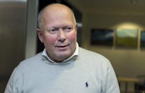 Tidligere direktør ved Ringerike sykehus, Per Bleikelia, mener politiledelsen bør tenke seg om to ganger i forhold til arresten i Hønefoss.
