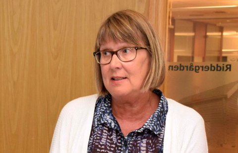 BEKYMRET: Hovedtillitsvalgt i Utdanningsforbundet Gerd Solli er bekymret for det høye sykefraværet i skolene i Ringerike.