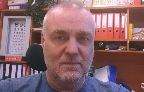 I HOLE: Kommunelege Bernt Ivar Gaarder.