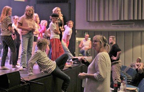 LETTET: Like før premieren fredag måtte hele ensemblet til Billy Elliot ta koronatester.