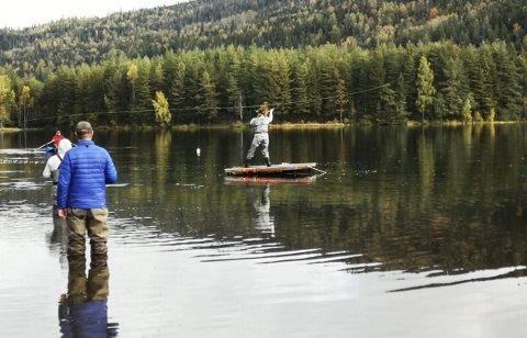 Full klaff: Marita Fjellstad Mårdalen hadde kontroll på både  nervene og fluestanga da hun kastet til sølv i NM i helga.