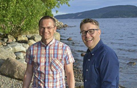 DEN YNGRE GARDE: Knut Martin Winther (t.v.) og Jostein Rensel er fornøyde med valgkampen og at de er inne i kommunestyret igjen. Knut Martin Winther blir partiets kandidat i kommunestyret i kommende periode.