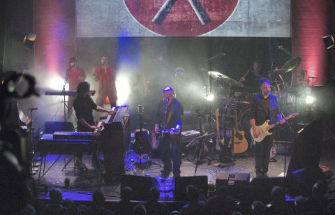 STORT VERK: Tributebandet A Saucerful Of Secrets er på miniturne med sin versjon av Pink Floyds the Wall. Lørdag 5. oktober spiller de i Asker kulturhus.