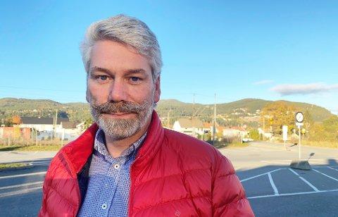 STOR MISNØYE: Vegard Boberg, leder av Asker og Bærum brannkorpsforening mener rapporten om sammenkoblingen av det nye brannvesenet ikke kunne vært anderledes. - Det er helt tydelig misnøye med både lønn og lederrskap, sier han.