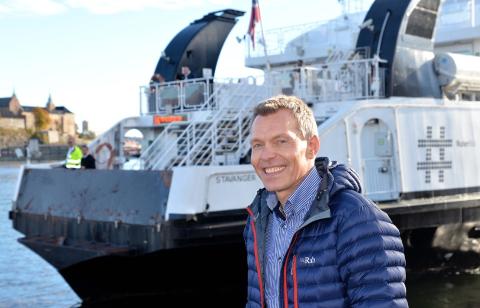 SVARER: - Det er få steder i landet vi mottar så mange klager som langs Oslofjorden, sier .hurtigbåtsjef i Norled, Jarle Myrbø.