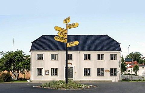 Illustrasjon: Solstadprosjetet ser for seg skulpturen Veiviseren» på Dag Solstads Plass i omtrent denne stilen.