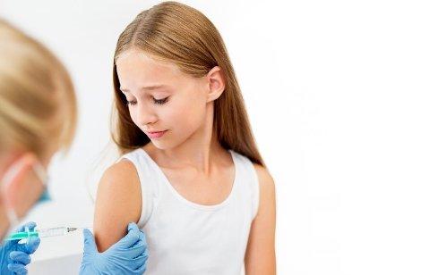 VAKSINE: Sandefjord kommune vil tilby Pfizer-vaksine til ungdom i alderen 12-15 år fra uke 37.
