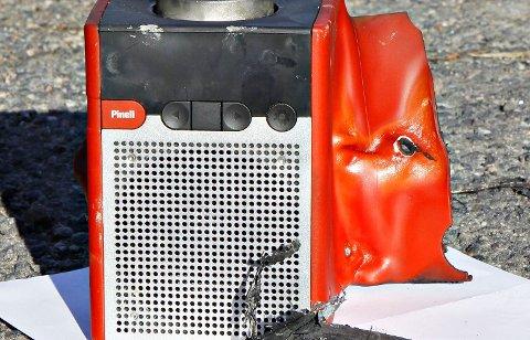 Denne radioen er svært brannfarlig.